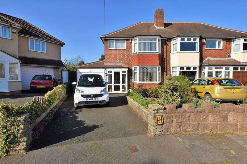 3 Bedrooms Semi Detached House for sale in Conway Avenue, Birmingham