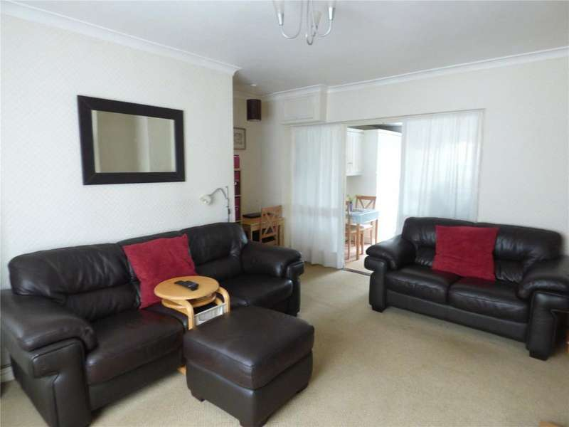 2 Bedrooms Terraced House for sale in Clare Road, Cleckheaton, BD19