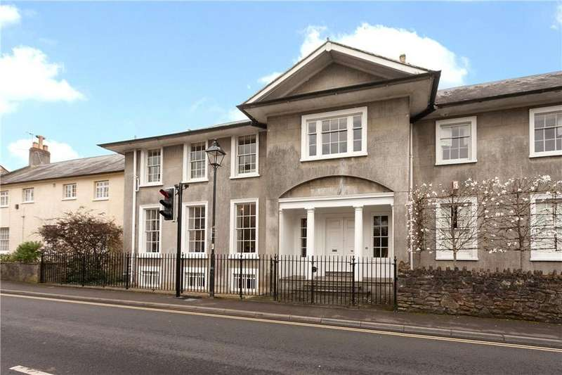4 Bedrooms Terraced House for sale in Chamberlain Street, Wells, Somerset, BA5