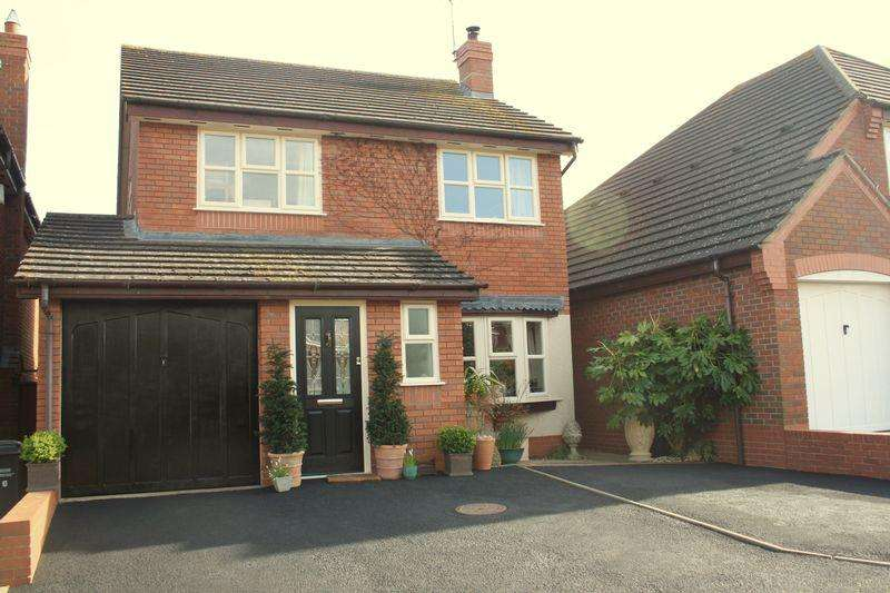 4 Bedrooms Detached House for sale in Wyre Piddle, Pershore