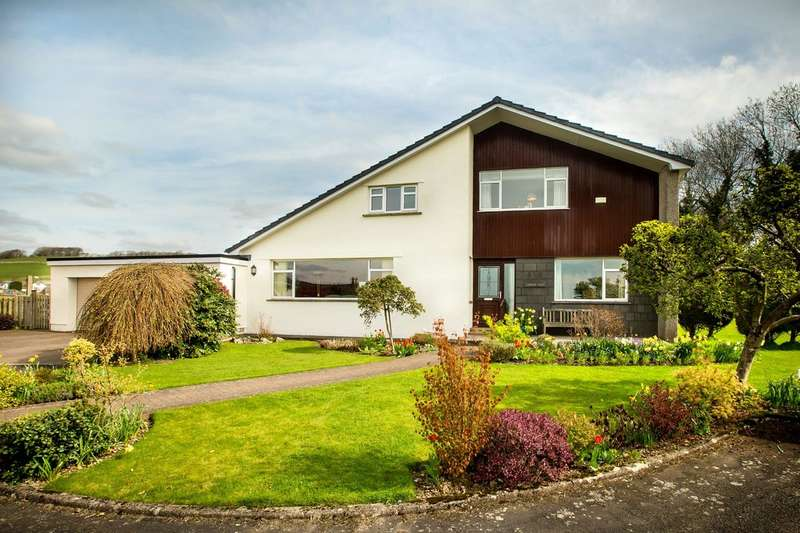 4 Bedrooms Detached House for sale in Dugg Hill, Heversham