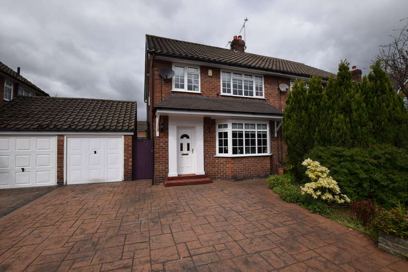 3 Bedrooms Semi Detached House for sale in Marlborough Avenue, Cheadle Hulme