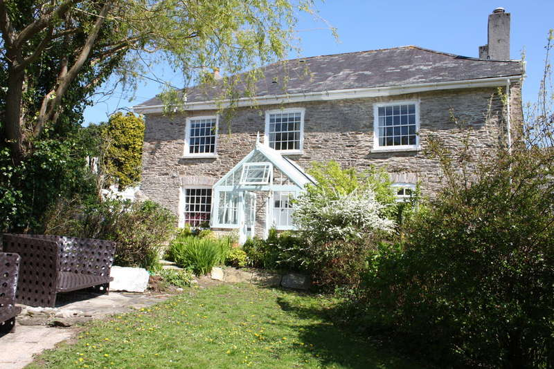 4 Bedrooms House for sale in Court Road, NEWTON FERRERS, South Devon