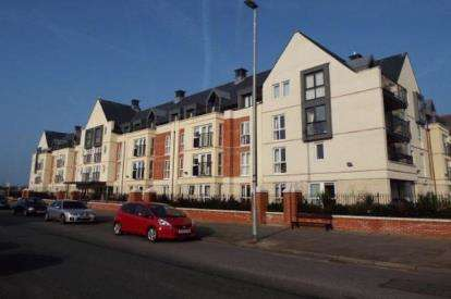 1 Bedroom Retirement Property for sale in Cwrt Gloddaeth, Gloddaeth Street, Llandudno, Conwy, LL30