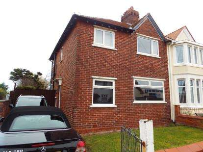3 Bedrooms Semi Detached House for sale in St. Davids Road North, Lytham St. Annes, Lancashire, FY8