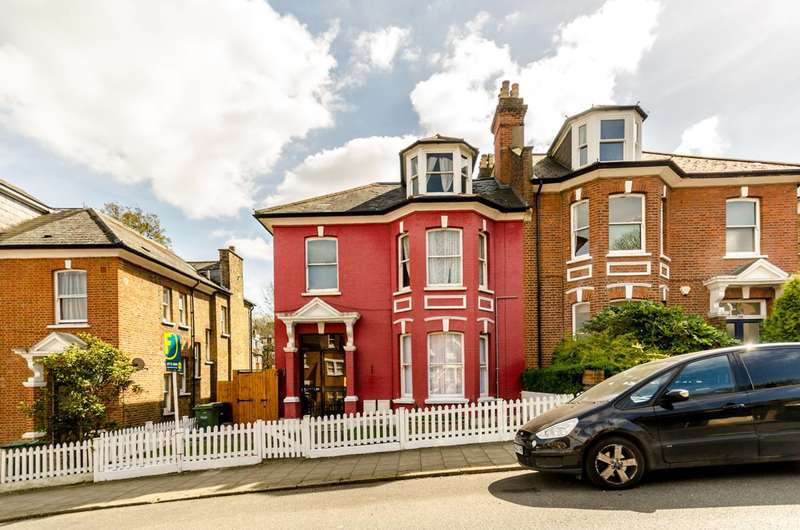 4 Bedrooms Flat for sale in Alexandra Drive, Crystal Palace, SE19