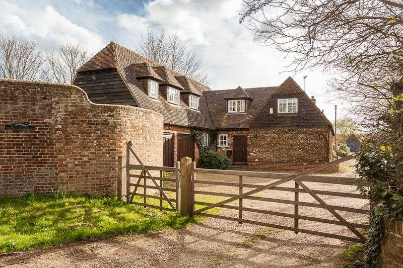 5 Bedrooms Property for sale in Symonds Lane, Yalding