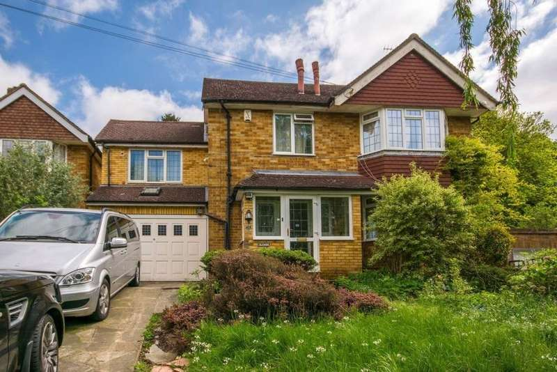 6 Bedrooms Detached House for sale in Chapel View, South Croydon