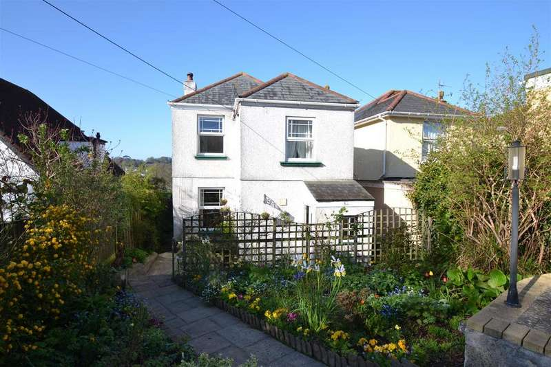 3 Bedrooms Detached House for sale in Trescobeas Road, Falmouth
