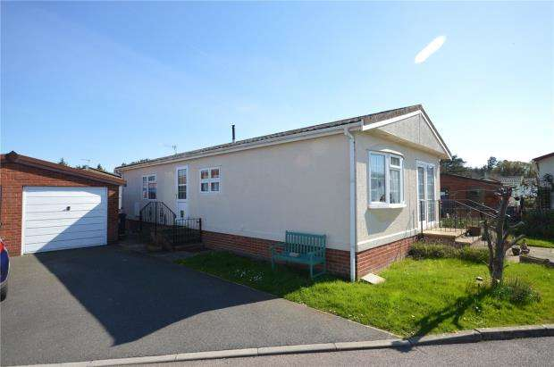 2 Bedrooms Detached Bungalow for sale in Maple Avenue, New Park, Bovey Tracey, Newton Abbot