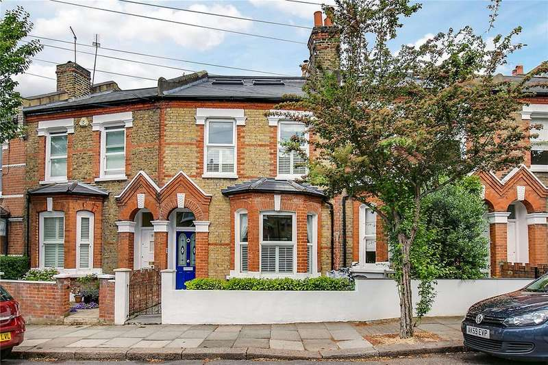 3 Bedrooms Terraced House for sale in Wilna Road, London