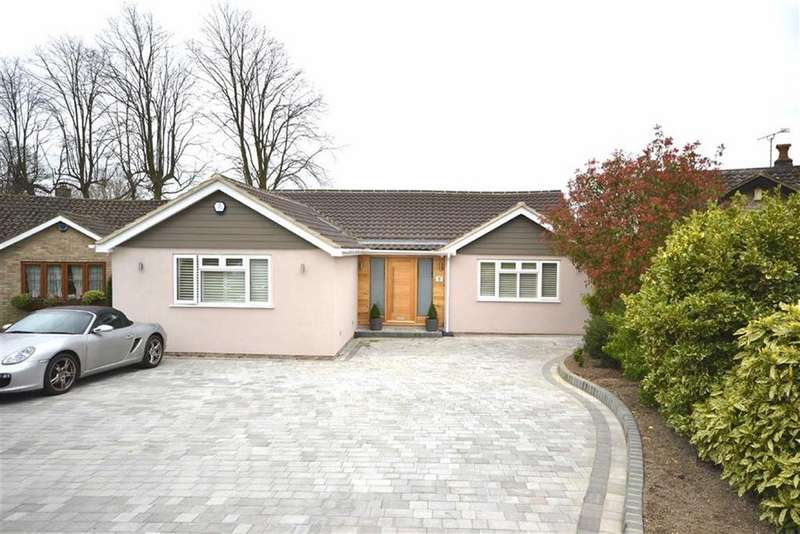 4 Bedrooms Detached Bungalow for sale in Theydon Place, Epping, Essex, CM16