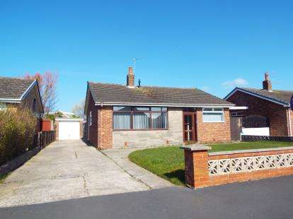 3 Bedrooms Bungalow for sale in Ullswater, Ullswater Avenue, Fleetwood, FY7