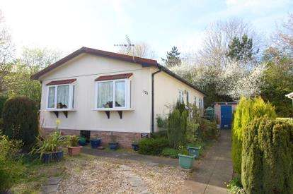 House for sale in Woodlands Park, Almondsbury, Bradley Stoke, South Gloucestershire