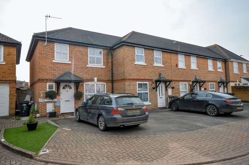 3 Bedrooms House for sale in Raybrook Park, Rodbourne