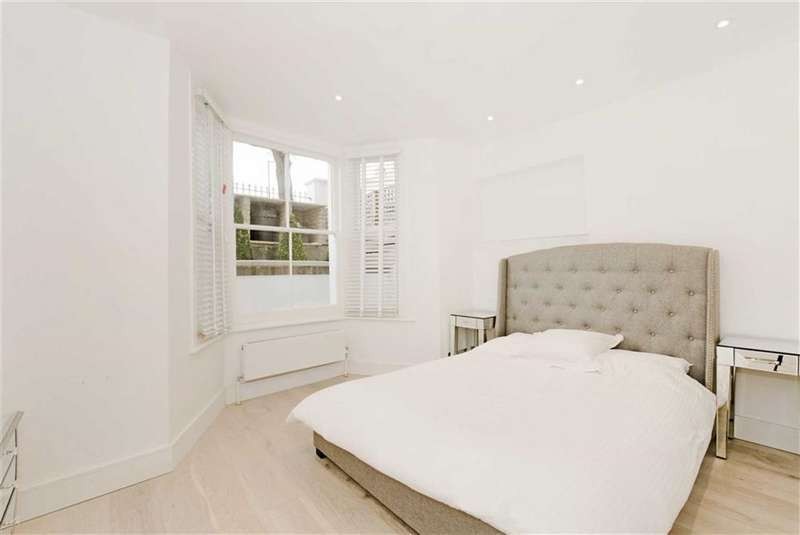 2 Bedrooms Flat for sale in Saltram Crescent, Maida Hill, W9