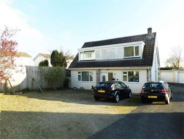 3 Bedrooms Detached Bungalow for sale in St Leonards Avenue, Crundale, Haverfordwest, Pembrokeshire