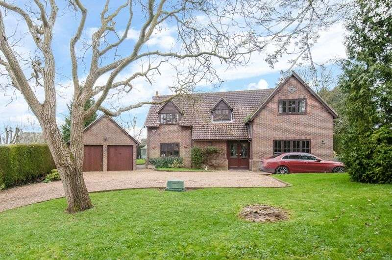 5 Bedrooms Detached House for sale in Bythorn, Huntingdon
