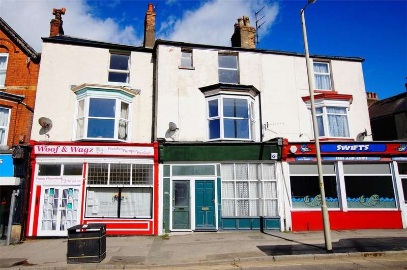 3 Bedrooms Maisonette Flat for sale in Dean Road, Scarborough