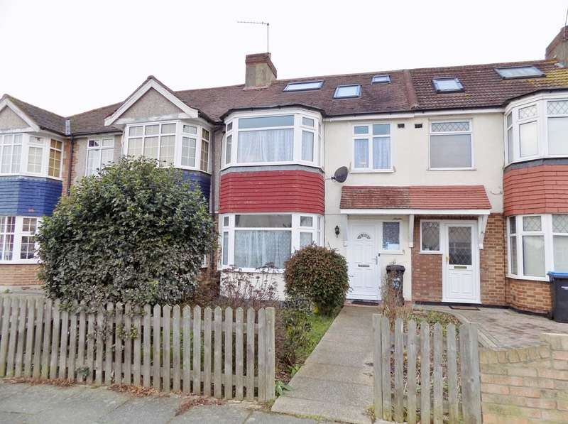5 Bedrooms Terraced House for sale in Connaught Avenue, Enfield, EN1