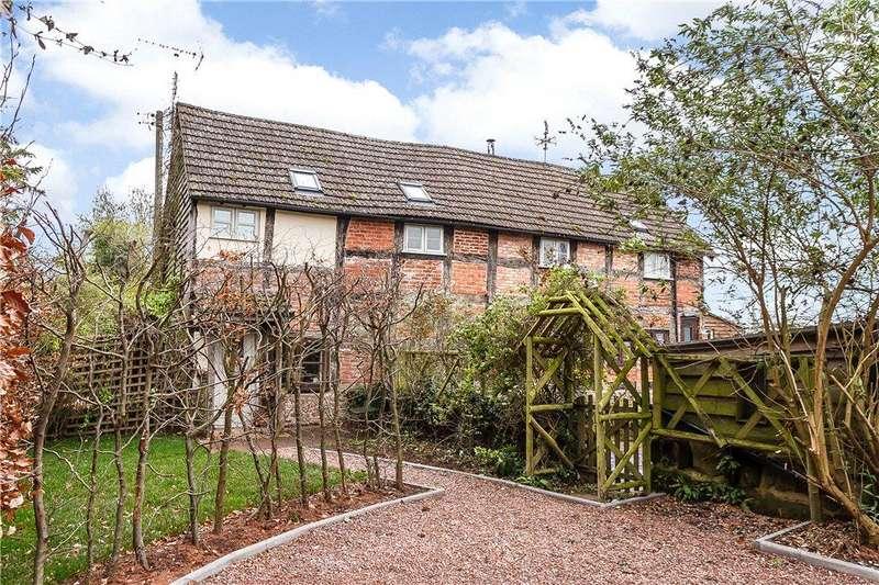 3 Bedrooms Unique Property for sale in Hawcross, Redmarley, Gloucester, GL19
