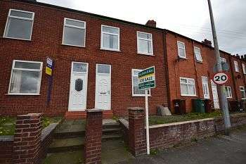 3 Bedrooms Terraced House for sale in Neville Street, Platt Bridge, Wigan, WN2 5BN