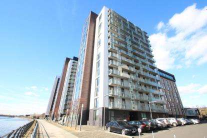 1 Bedroom Flat for sale in Castlebank Place, Glasgow Harbour, Glasgow