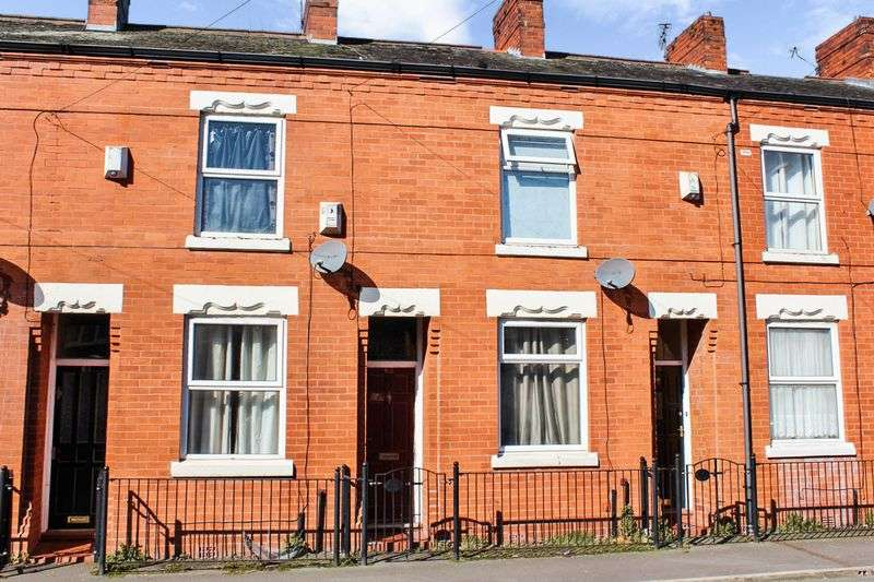 2 Bedrooms Flat for sale in Cobden Street, Manchester