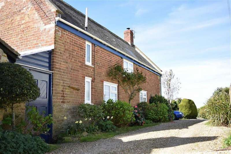 3 Bedrooms Detached House for sale in Salwayash, Salwayash, Dorset, DT6