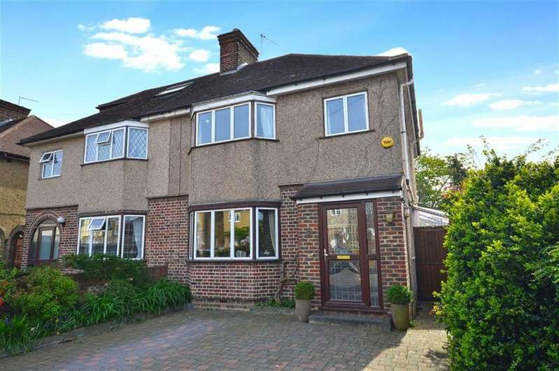 3 Bedrooms Semi Detached House for sale in Norfolk Avenue, Watford, Hertfordshire