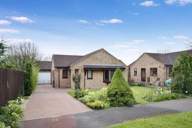 3 Bedrooms Bungalow for sale in Millers Close, Heighington, Lincoln
