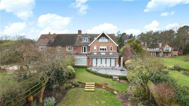 4 Bedrooms Semi Detached House for sale in Titness Park, London Road, Ascot
