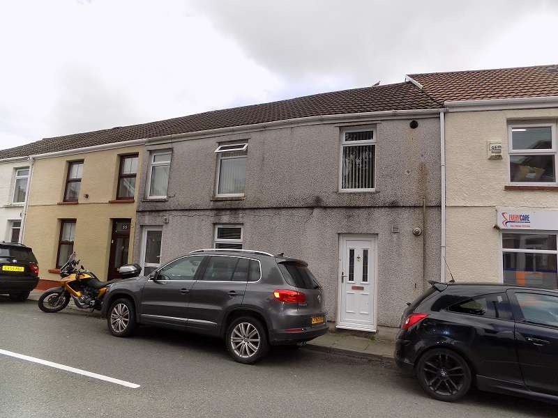 2 Bedrooms Ground Flat for sale in Bridgend Road, Aberkenfig, Bridgend. CF32 9BG