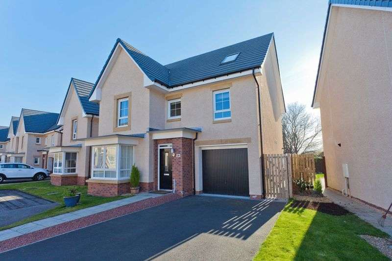 5 Bedrooms Detached House for sale in Doctor Gracie Drive, Prestonpans