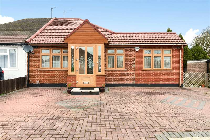 4 Bedrooms Semi Detached Bungalow for sale in Maple Road, Hayes, Middlesex, UB4