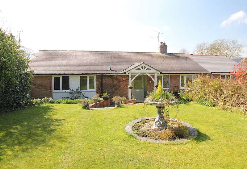 4 Bedrooms Detached House for sale in Hampstead Norreys
