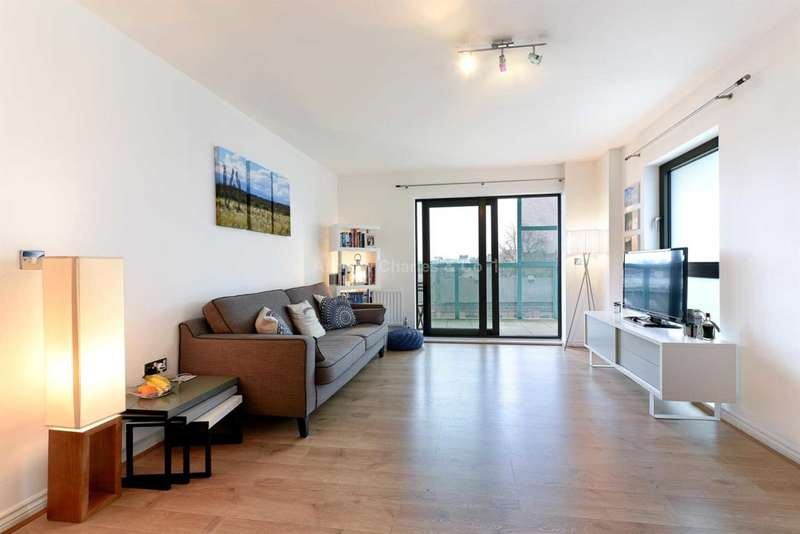 1 Bedroom Apartment Flat for sale in Oval Road, Camden Lock NW1