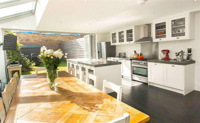 5 Bedrooms Terraced House for sale in Abbeville Road, London, SW4