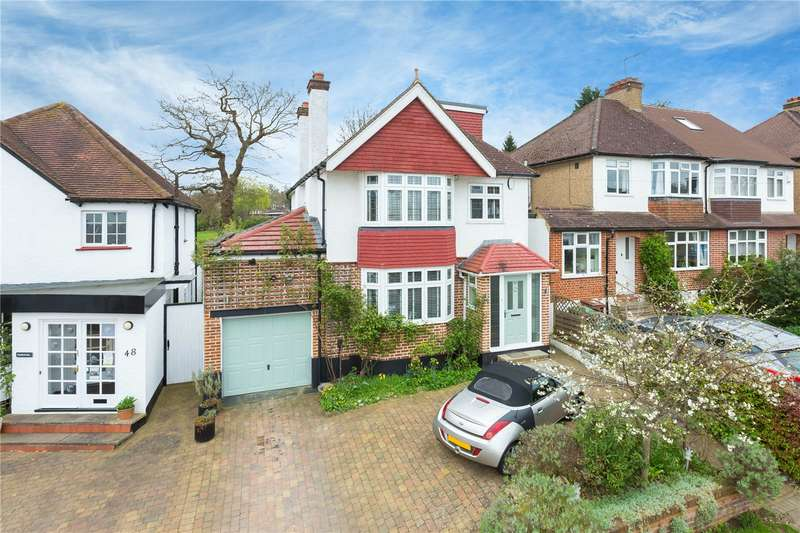 4 Bedrooms Detached House for sale in Wayside Avenue, Bushey, WD23