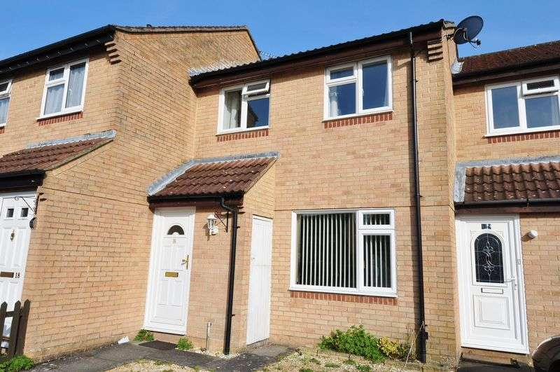 3 Bedrooms Terraced House for sale in Parking for two and a Garage
