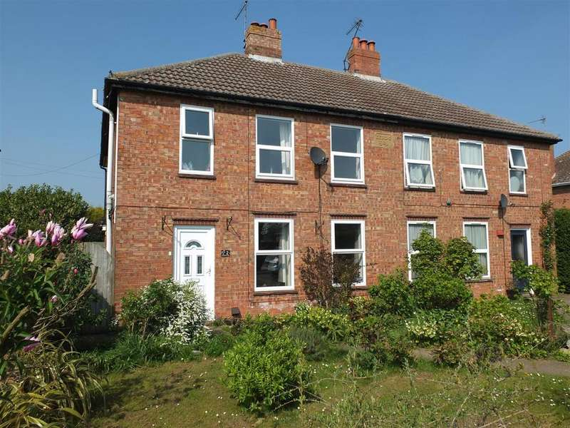3 Bedrooms Semi Detached House for sale in Main Road, Gedney Drove End