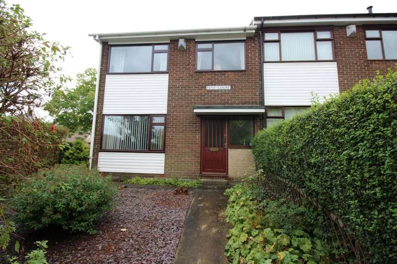 3 Bedrooms Semi Detached House for sale in Pent Court Lead Road, Greenside, Ryton, NE40