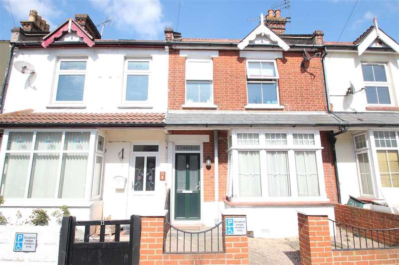 3 Bedrooms Terraced House for sale in Harrow Road, Clacton-On-Sea