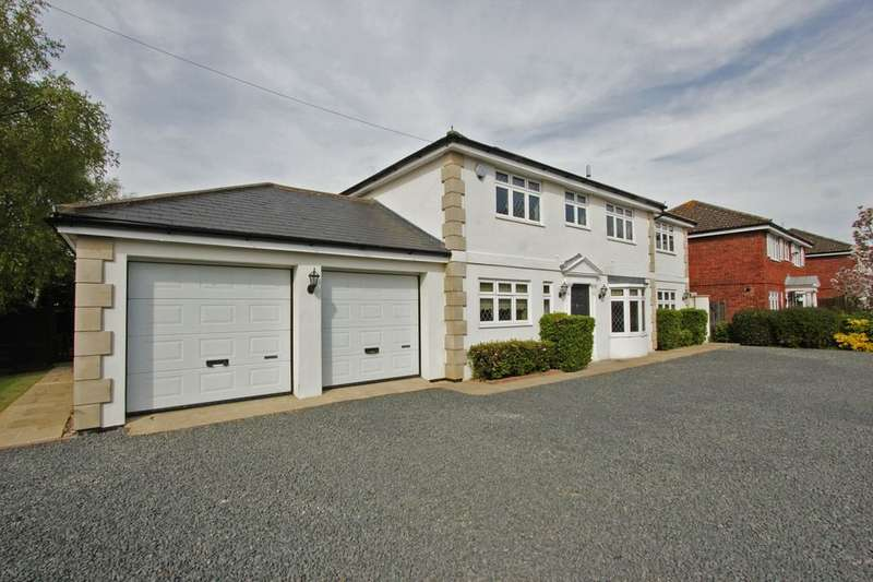 4 Bedrooms Detached House for sale in Threeways Church Road, Hartley, Longfield, DA3