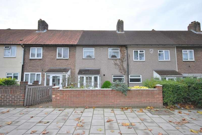 3 Bedrooms Terraced House for sale in Downham Way Bromley BR1