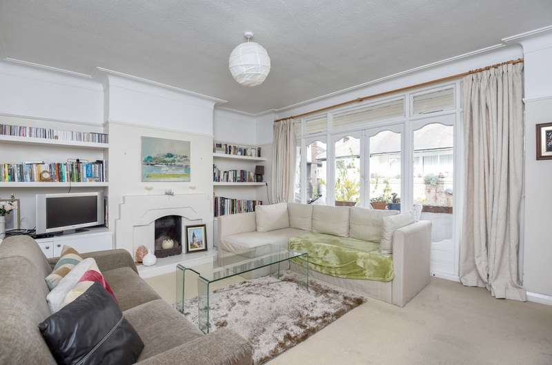 2 Bedrooms Maisonette Flat for sale in The Brambles, Wimbledon, SW19