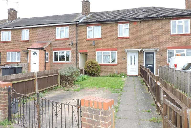 3 Bedrooms Terraced House for sale in Trent Road, Luton, Bedfordshire, LU3 1TA