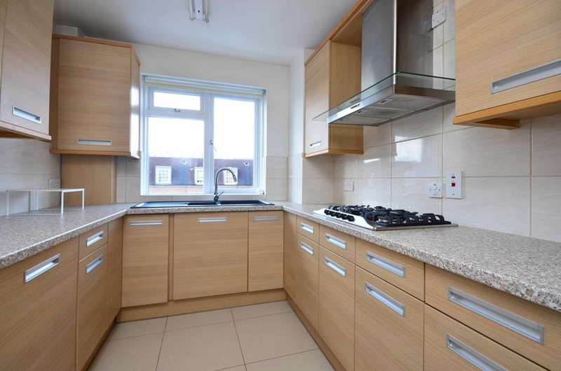 3 Bedrooms Flat for sale in Fairfax Road, South Hampstead, NW6