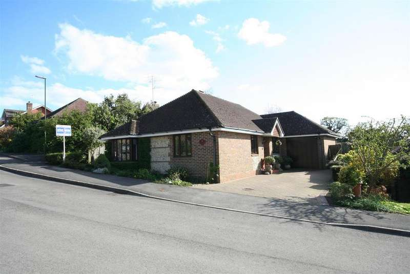 3 Bedrooms Detached Bungalow for sale in Chanctonbury View, Henfield