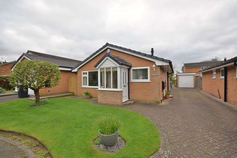 2 Bedrooms Detached Bungalow for sale in Neath Close, Poynton
